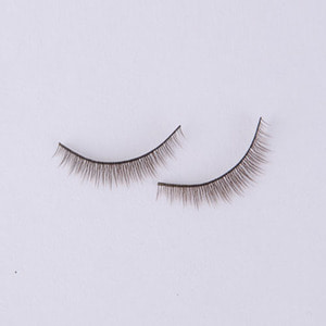 娃娃用品 EYELASHES 05 Dark Brown